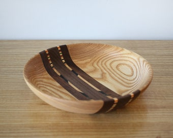 Skateboard & Mixed Wood Dish