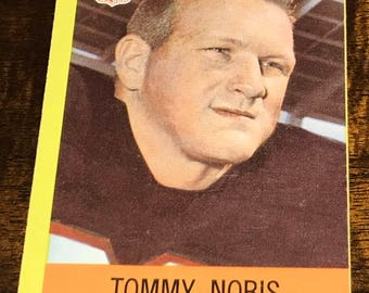 1967 Topps Philadelphia Falcons #7 Tommy Nobis Rookie Card Awesome card