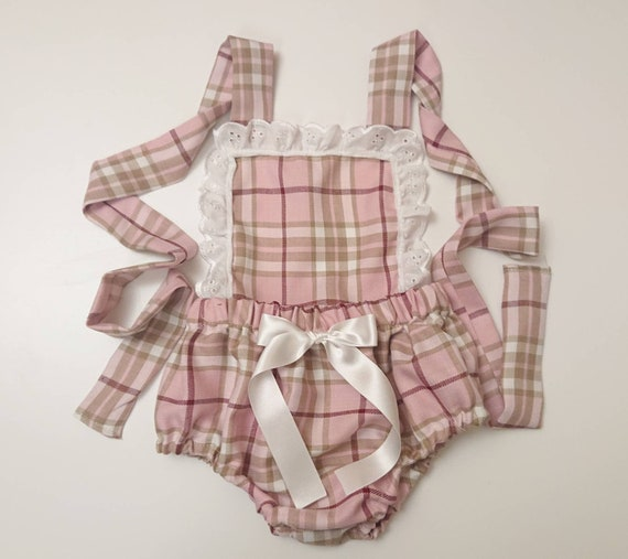866f93af3b Beautiful Christmas Tartan Prints cotton Baby's girl's bloomer Cute Baby  Set Baby Girls Clothes Winter summer spring outfit NEW
