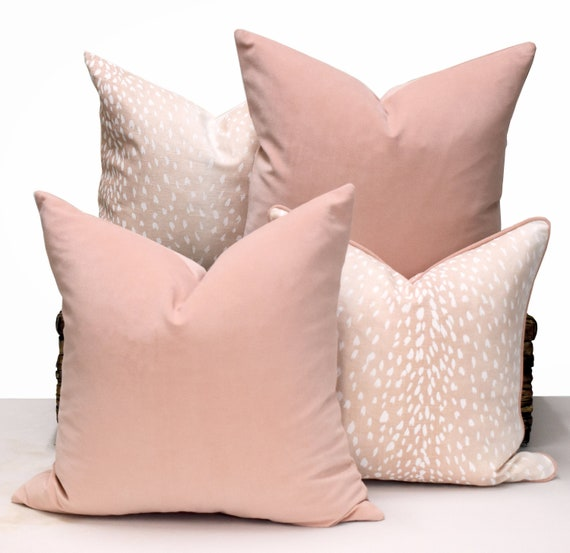 Fonkelnieuw Blozen fluweel kussen Roze fluwelen kussen cover zacht roze | Etsy DX-63