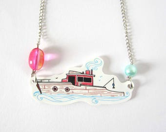 The fisherman boat necklace