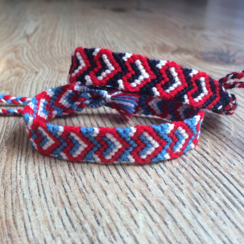 Friendship bracelet-4th of July-USA flag-USA Jewelry-Woven-Braided-Knotted-Handmade-Flag for friends-American Day-Red-Blue-White-Navy-Unisex