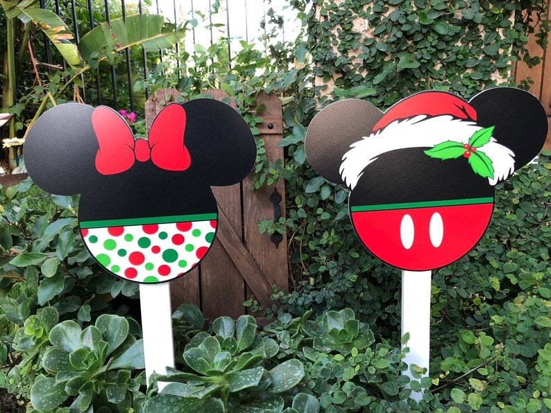 Christmas Yard Decorations Disney Inspired Minnie And Mickey Cutouts