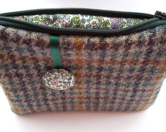 Harris Tweed Multi Houndtooth Purse, Liberty Purse, Liberty Emilia Pouch, Gifts for Aunt from Niece, Gifts for Aunt, Wool Passport Holder