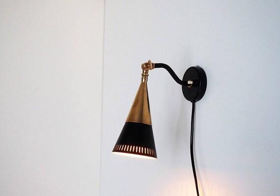 Stilnovo applique realizzata in nero con dettagli in ottone etsy