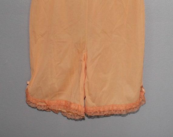 df51f25de9d Vintage 60s Light Orange Creamsicle Lace Bloomers Lingerie Panties Nylon  Mod Vanity Fair Size 5 Pantaloons