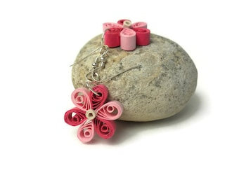 Qulling flower dangling earrings - Eco friendly jewelry - Paper quilling - Flower dangling earrings - Paper quilling jewelry - Ecofriendly