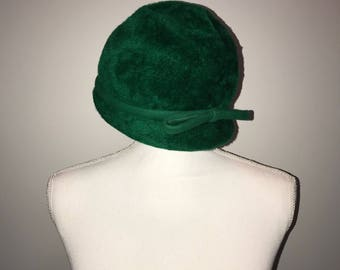 4f5327b737d Vintage 50 s Green Bucket Cloche 22