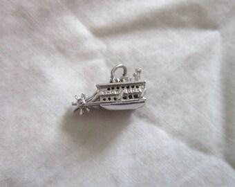 Vintage Sterling Silver Riverboat Show Boat Steamboat Charm Bracelet Charm