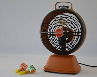 Design lamp issue of a vintage 60s/70s through upcycling Scirocco radiator