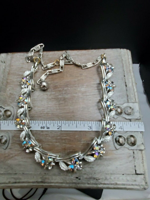 Vintage Lisner Necklace