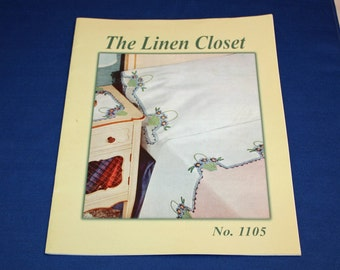 Vintage The Linen Closet Pattern Booklet How to Instructions Sheets and Pillow Case Patterns Sewing Projects Leaflet  No 1105 Pamphlet Book
