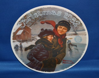 Vintage Edwin M Knowles Norman Rockwell Heritage Collectors Plate - Christmas Courtship 1982 Cabinet Plate Holiday Collector Plate