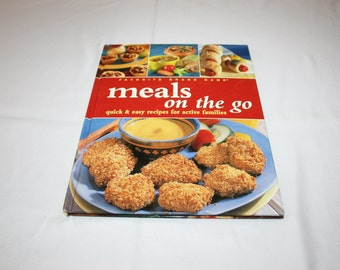Favorite Brand Name Cookbook - Meals on the Go - Quick & Easy Recipes for Active Families Recipe Cook Book Cooking Country Kitchen Homestead