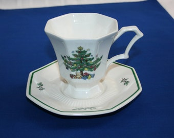 Vintage Nikko Christmastime Teacup and Saucer Made in Japan Christmas Tea Cup Coffee Cup Holiday Coco Hot Chocolate set Tea Party