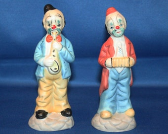 Vintage Musical Clown Figurines 2 Hand Painted Bisque Ceramic Clown Figures Figurine Figure Clowns Made in Taiwan Knick Knack Collectible
