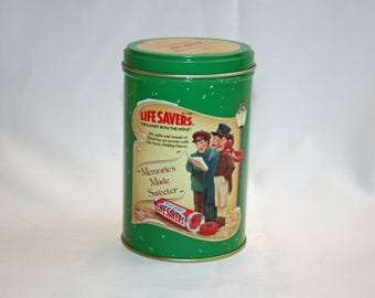 Vintage Planters Life Savers Christmas Carol Collector's Tin - Collectible Memorabilia Ephemera Storage Box Life Saver 1989
