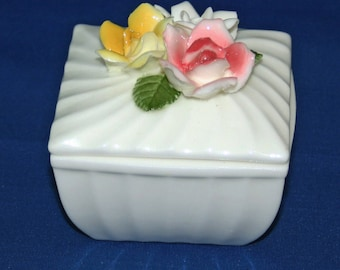 Vintage Square White Porcelain Lidded Trinket Box with Red, Yellow & Pink 3 Dimensional Roses Floral Jewelry Ring Box Container Knick Knack