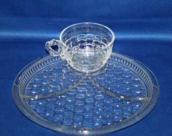 Set of 4 Vintage Paden Glass Co DORSET Provincial Crystal Snack Plate & Teacup divided plates and cups Bamboo Hospitality Set Basket-weave