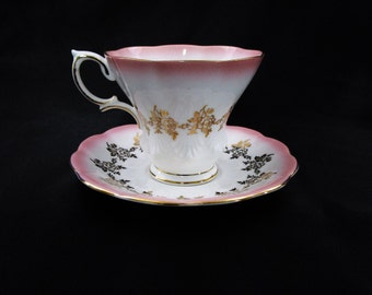 Vintage Royal Albert Teacup and Saucer Pink with Gold Roses Bone China Lyric Cup Pattern circa 1960 Made in England English Tea Cup Coffee