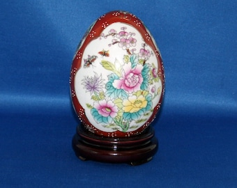 Vintage Japanese Satsuma Style Ceramic Egg Oriental Hand Painted Floral Bouquets Gold Gilt Egg on Rosewood Stand Asian Art Egg Knick Knack