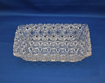 Antique EAPG Daisy and Button Rectangle Bread Dish circa 1890 bread Bowl Loaf Serving Dish Clear Pressed Glass Pan Collectible Candy Trinket