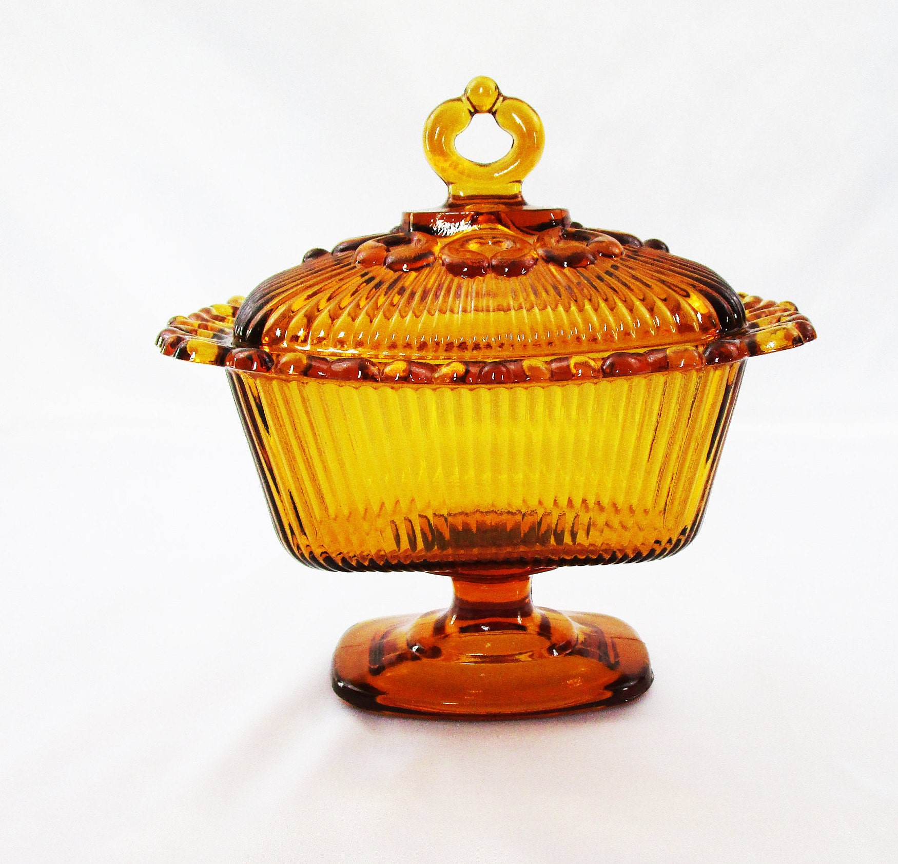 VINTAGE INDIANA Glass Amber Iridescent Carnival Glass Hen on Nest.