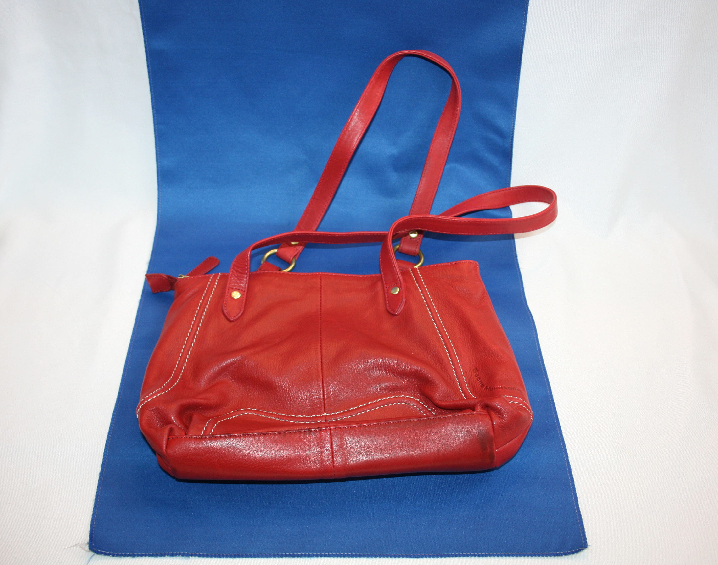 Vintage Stone Mountain Red Leather Purse Zipper Closure