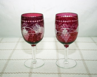 Vintage Pair Ruby Red Flash Wine Glasses Hand Etched Grape Motif Cranberry Flash Cut to Clear Grapevine Pattern Water Glass