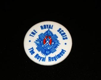 Vintage The Royal Regiment – The Royal Scots - British Army Pinback Button Crest Badge