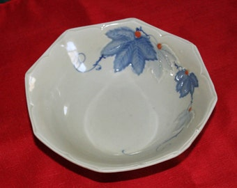 Vintage Handmade Stoneware Pottery Bowl Hand Painted Embossed Leaves & Vines Serving Bowl Candy Dish