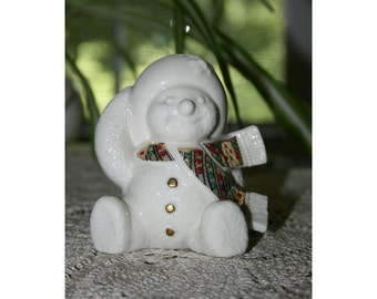 Vintage LENOX China Snowman Jewels of Christmas Holly Snow People made in the USA circa 1996 Porcelain Holiday Figurine Figure