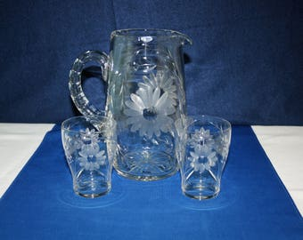 Antique Hand Cut Daisy 52oz Glass Pitcher and 2 Matching 8oz Glasses Water Pitcher Milk Pitcher Country Kitchen Victorian Tableware EAPG era