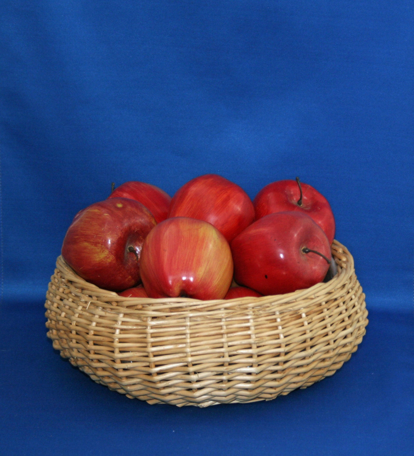Brand New All Natural Real Wicker Red Apple Hamper