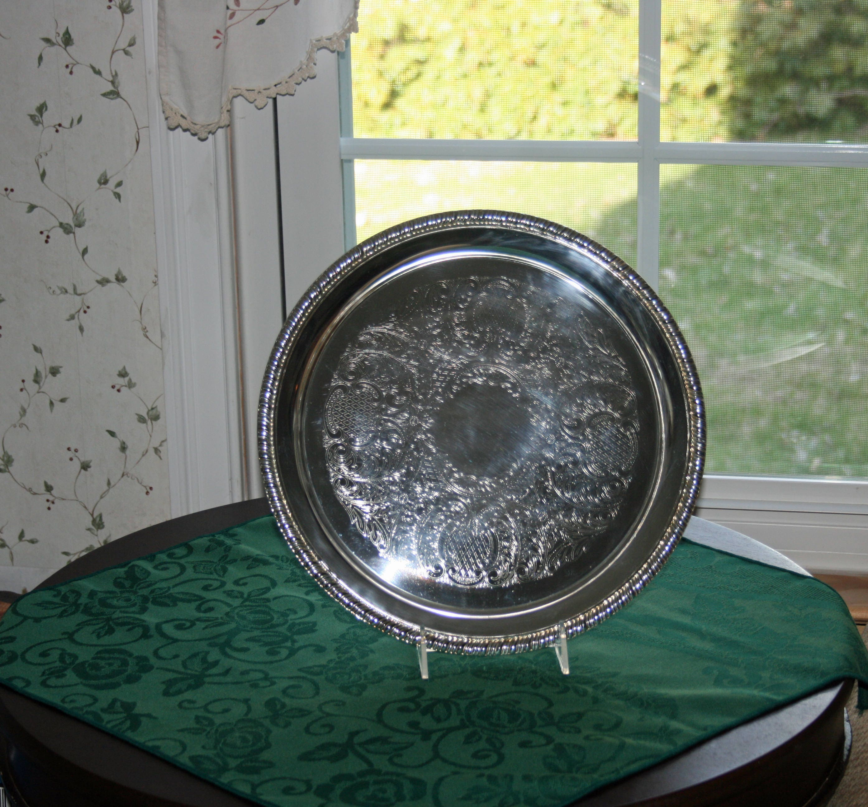 Vintage Galley Tray William Rogers Silverplate 670 Round