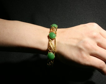 Vintage Gold Tone Green Cabochon Jade Stone Cuff Bracelet Costume Jewelry