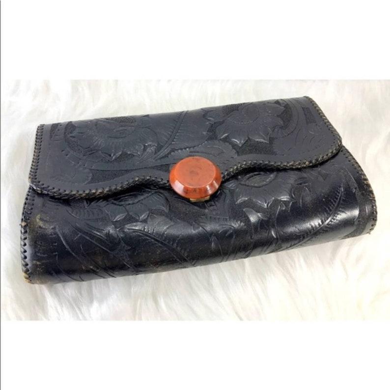 Vintage 70/'s Floral Embossed Leather Envelope Clutch