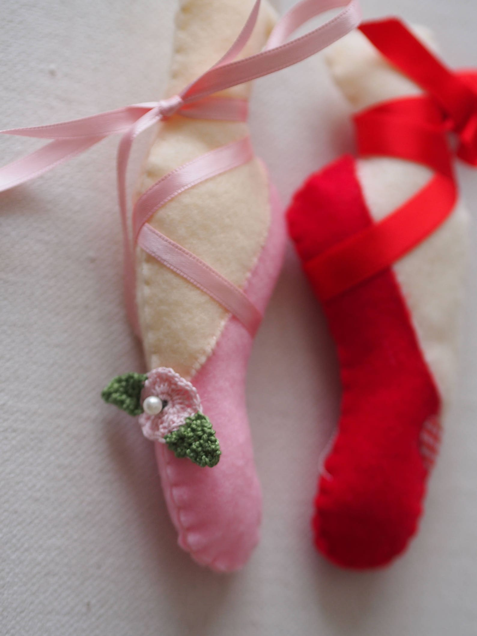 ballet shoe. pink felt. hand made.silk ribbons,crochet flower.party favor,ornament to a gift,cabinet,toy,pin cushion.valentine&#