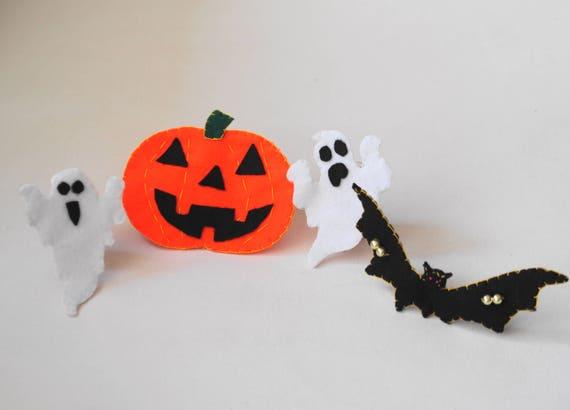 SET:4 felt items.HALLOWEEN.2 ghosts1 pumpkin1 bat.Hand made   Etsy