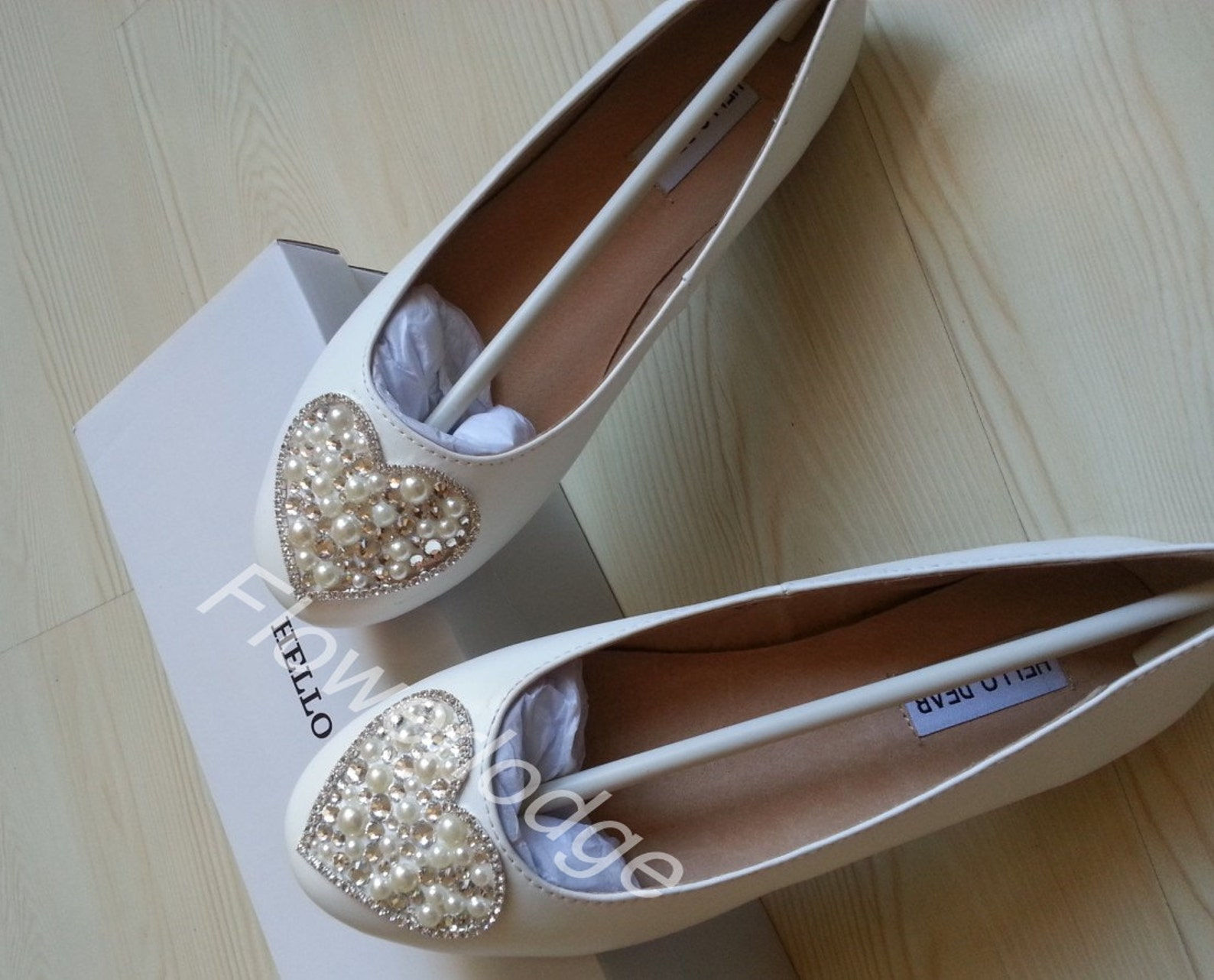 ivory real leather ballet flats women shoes-custom prom girls shoes-love heart design swarovski crystal ivory pearl beads brides