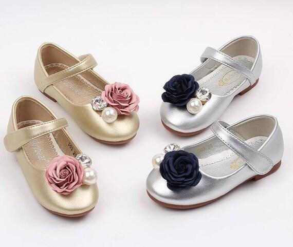 Les filles Chaussures enfant fille de fleur Silver/Light Gold Fleur Strass pierres demoiselle d'honneur fille chaussures sombre bleu marine et lumière fleurs roses