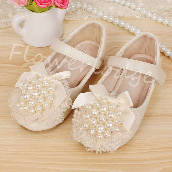 1386add26acf2 Ivory Flower Girl Shoes Toddler Girl ShoesPearl Party Shoes Pearl Lace  Satin Ribbon Kids Shoes mary jane shoes Leather Pink Ivory Shoes