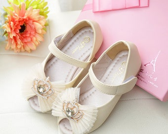 Ivory flower girl shoes toddler girl shoes off white party ivory flower girl shoes toddler girl shoes peep toe off white party shoes pearl lace crown children shoes mary jane shoes leather shoes mightylinksfo