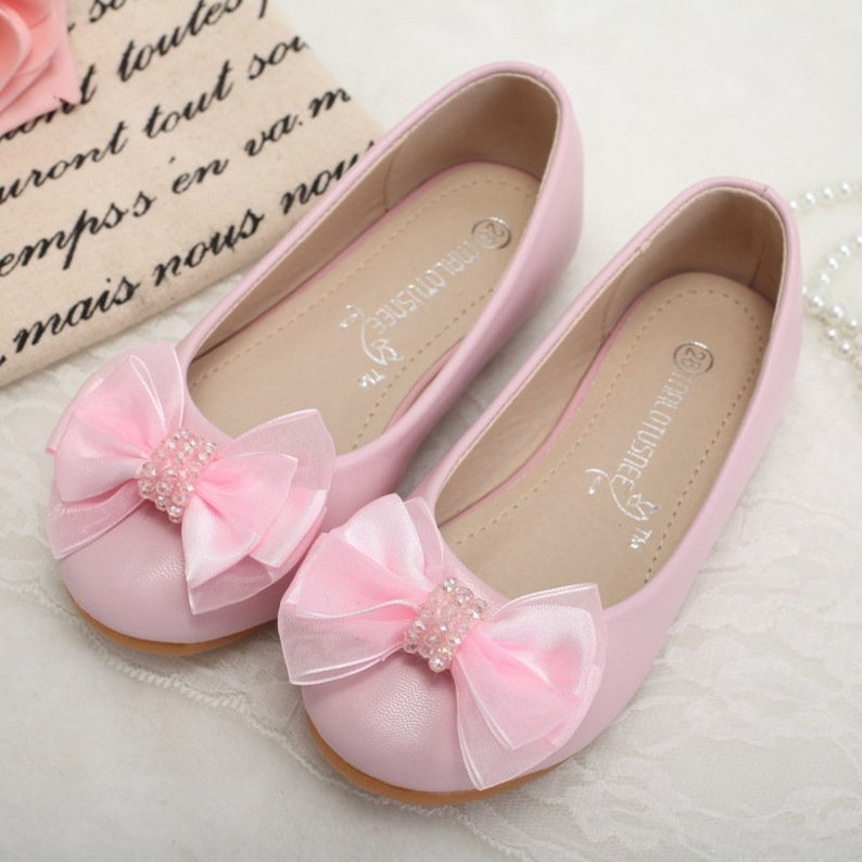 d0fe6f335f32a Baby Pink Flower Girl Shoes Bow Toddler Girl Shoes Rhinestone Lace Ribbon  Little Girls Shoes