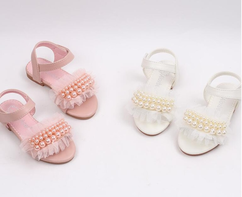 67fddec8d52d1 Flower Girl Sandals Simple and chic Lace pearls toddler Girl shoes