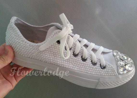 White Pearl Sneaker Shoes-low top Bridal Flower Girl Sneaker  fcdd5ce44815
