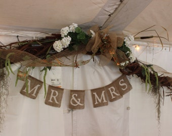 Mr & Mrs Burlap Banner, wedding banner, wedding decoration, rustic wedding