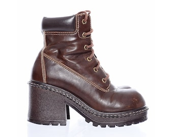 739107eb178f Vintage 90s Clueless CHUNKY HEELS Grunge l.e.i. Platform Lace-Up Ankle  Boots Shoes 8.5