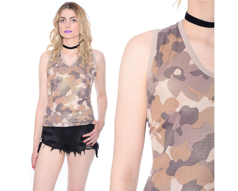 9682982532e722 Vintage 90s Stretch CAMOUFLAGE Tank Top HOLOGRAPHIC Shirt