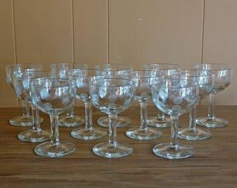 ViNTAGE ETCHED WiNE GLASS - set of twelve  12   (B3)